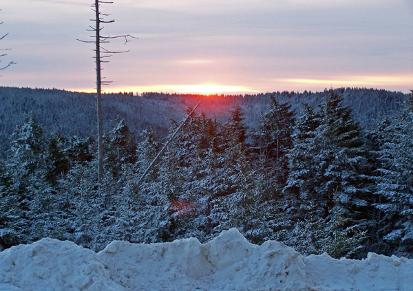 Later that night, Snowshoe received five inches of fresh snow.  By Sunday, Snowshoe had 30 trails open.  The Silver Creek area is expected to open on December 16.